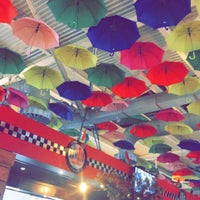 11/5/2017 tarihinde Rêbwar E.ziyaretçi tarafından Maysoun Cafe'de çekilen fotoğraf