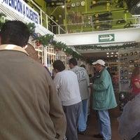 Das Foto wurde bei Refaccionaria Mendoza von J.C am 12/29/2012 aufgenommen