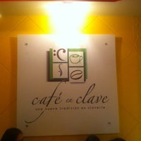 Photo taken at Café En Clave by Erika P. on 5/16/2014