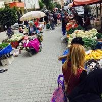 Photo taken at Mahmutlar Salı Pazarı by Gokhan D. on 1/24/2017
