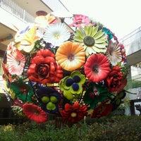 Photo taken at 딸기가 좋아 - 딸기 스페이스 by Phillip C. on 10/21/2012