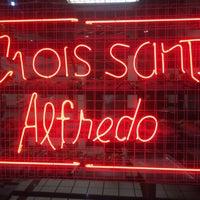 Foto tomada en Croissants Alfredo por Alondra M. el 3/24/2014