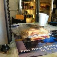 Photo taken at White Street Sandwich Shop & Coffee by Rivzzz 💋 on 12/28/2012