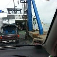 รูปภาพถ่ายที่ On The Ferry To Samui โดย duckhunting h. เมื่อ 7/22/2014