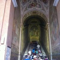 Foto scattata a Scala Santa da ʌlı il 6/26/2013