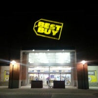 Photo taken at Best Buy by Chris R. on 1/19/2013