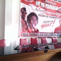 Photo taken at kantor DPC PDI Perjuangan, semarang by hendrat a. on 2/7/2014