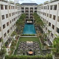 Photo taken at Aston Kuta Hotel & Residence by Kanom B. on 3/24/2017