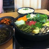 Photo taken at 미스터 시래기 by Kyunghee P. on 8/13/2014