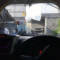 Photo taken at Rush Automatic Car Wash by Toby B. on 7/19/2017
