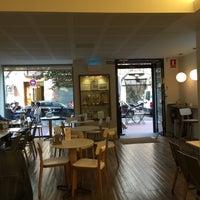 5/5/2015 tarihinde Jano C.ziyaretçi tarafından Cafés El Criollo'de çekilen fotoğraf