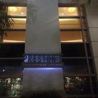 Foto scattata a Preston's Brasserie da Alex B. il 12/25/2013