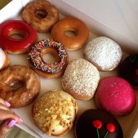 Снимок сделан в Krispy Kreme пользователем Olesya Banchukova 5/7/2015