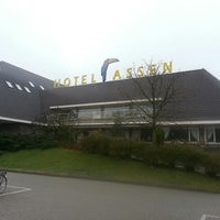 Photo taken at Van der Valk Hotel Assen by Ton M. on 4/23/2013