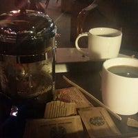 2/23/2015 tarihinde Photographer Ö.ziyaretçi tarafından Starbucks'de çekilen fotoğraf