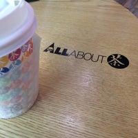 Photo taken at ALLABOUT茶 by Seung Min J. on 4/5/2014