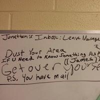 Das Foto wurde bei St. Albans High School von Jonathan M. am 8/30/2013 aufgenommen