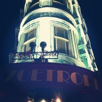 Photo taken at Cafe Zoetrope by Martin W. on 10/15/2012