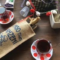 5/8/2017 tarihinde Orhan Z.ziyaretçi tarafından Yorgonun Mahzeni Şarap Evi'de çekilen fotoğraf