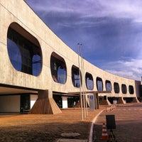 Photo taken at CCBB - Centro Cultural Banco do Brasil by guilherme p. on 7/20/2013