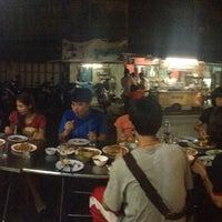 Photo taken at ร้านหนูท่าใหญ่ by Sasithorn P. on 6/11/2015