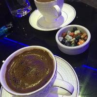 Photo taken at Limos Cafe & Restaurant by Efe Serkan Ç. on 4/28/2014