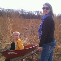 Photo taken at Sleepy Hollow Pumpkin Farm by TJay J. on 10/21/2012