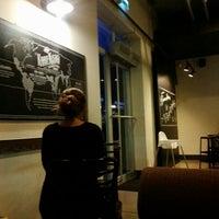 6/11/2015 tarihinde Canan T.ziyaretçi tarafından Starbucks'de çekilen fotoğraf