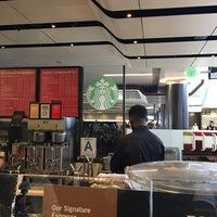 Photo taken at Starbucks by Dr Ignacio G. on 1/6/2017