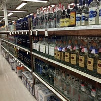 Foto tirada no(a) Goody Goody Liquor por Sergey K. em 4/13/2014