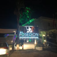 รูปภาพถ่ายที่ Poseidon Boutique Hotel & Yacht Club โดย Seval 4. เมื่อ 9/14/2017