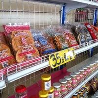 Photo taken at ร้านแม่ปวยลั้ง เลี่ยงเมืองนครสวรรค์ by Doy T. on 12/28/2012