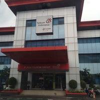 Photo taken at Plaza Telkom Balikpapan by Ricky P. on 6/28/2016