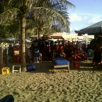 Photo taken at Bakso Pantai Double Six (Pak Lik) by yudho y. on 10/13/2013