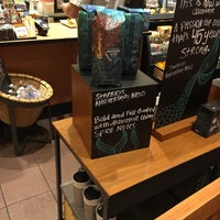 Photo taken at Starbucks by Terrence S. on 9/19/2016