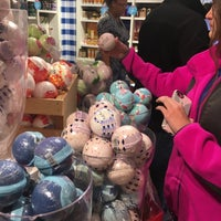 Photo taken at Bath & Body Works by Terrence S. on 11/12/2017