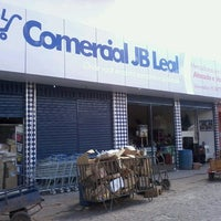 Photo taken at Comercial JB-Leal by Alan O. on 3/3/2014