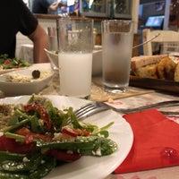 8/17/2018にKaan Ü.がModa Şiraz Meyhanesiで撮った写真