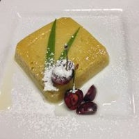 รูปภาพถ่ายที่ Sunisa's Thai Restaurant โดย Sunisa's Thai Restaurant เมื่อ 9/9/2014