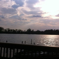 Photo taken at Johnny's On The Lake by Kennis W. on 5/20/2013