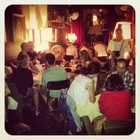 Foto tirada no(a) Foxy Bar por FoxyBar B. em 9/10/2013