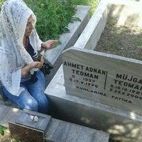 Das Foto wurde bei Ambarlı Mezarlığı von Handan T. am 5/8/2016 aufgenommen