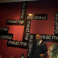 Photo taken at Meat Me by Vany (maismosaico) L. on 9/10/2013