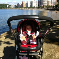 Photo taken at Praia do Gonzaguinha by Adriano d. on 3/30/2013
