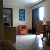 Photo taken at Novo Roza Hotel by Deysiane Q. on 3/8/2014