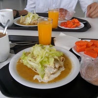 Photo taken at Comedor Cablemás by Ximena C. on 4/28/2015