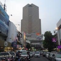 Photo taken at Siam Square by NEUNG Thanajittara G. on 4/17/2013