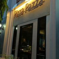 Photo taken at Pizza Pazza by NEUNG Thanajittara G. on 9/19/2012