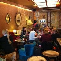 Foto scattata a Café Brecht da Didier P. il 4/26/2012