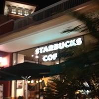 Foto diambil di Starbucks oleh Paul pada 6/12/2012